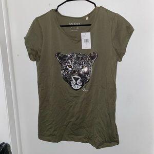 Females Size XL Guess T-Shirt